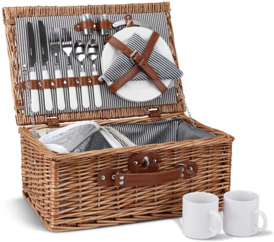 Willow Hamper Set with Insulated Compartment